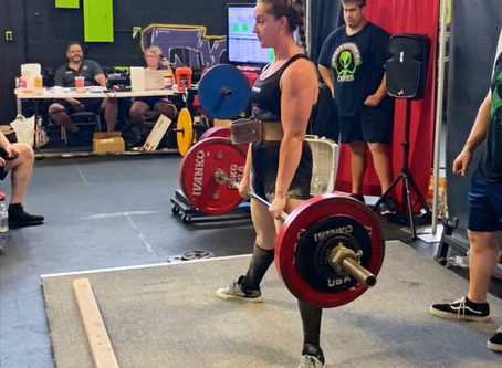 13ish Tips for Your First Powerlifting Meet (That Aren't in the Rulebook!)