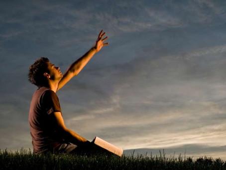Saia da confissão da alma, navegue no mover do Espírito