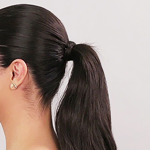 Middle ponytail hairstyle