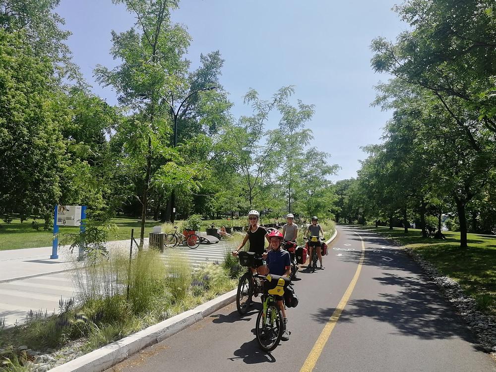 Tour du monde à vélo en famille Canda Montréal
