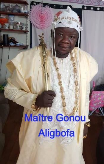 Puissant maitre marabout voyant africain très puissant, vrai maitre vaudou qui fait le vrai portefeuille magique et le bedou magique.