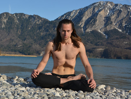 3 breathing exercises that help you dissolve stress and activate your self-healing powers