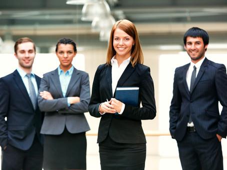 Designer, architecte, styliste, chirurgien... quels professionnels choisir pour ses rénos?