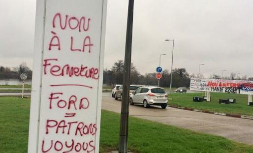 Les Jeunes Génération.s dénoncent la décision de Ford de fermer son site de Blanquefort (33)