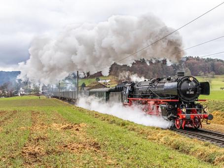 Zuckerrüben Schaugüterzug mit der Br 01 202