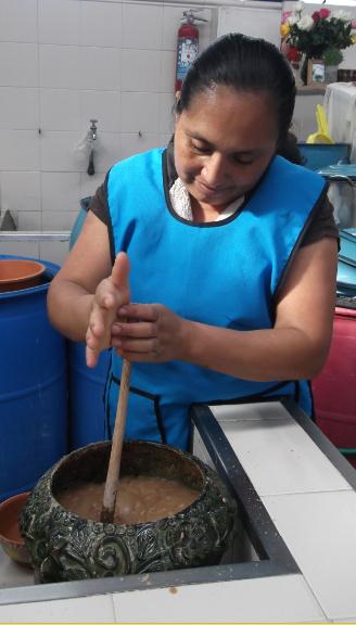 Preparación de espuma para Siaab g'ez.