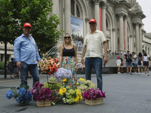 Video and Article Highlight Colombian Floral Industry's Visit to NYC for Flower Tribute Tour