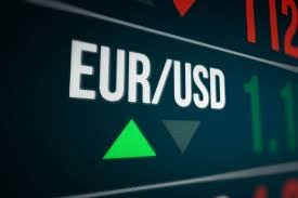 EUR/USD recovers to 1.1781 after rejected from the support at price 1.1757.