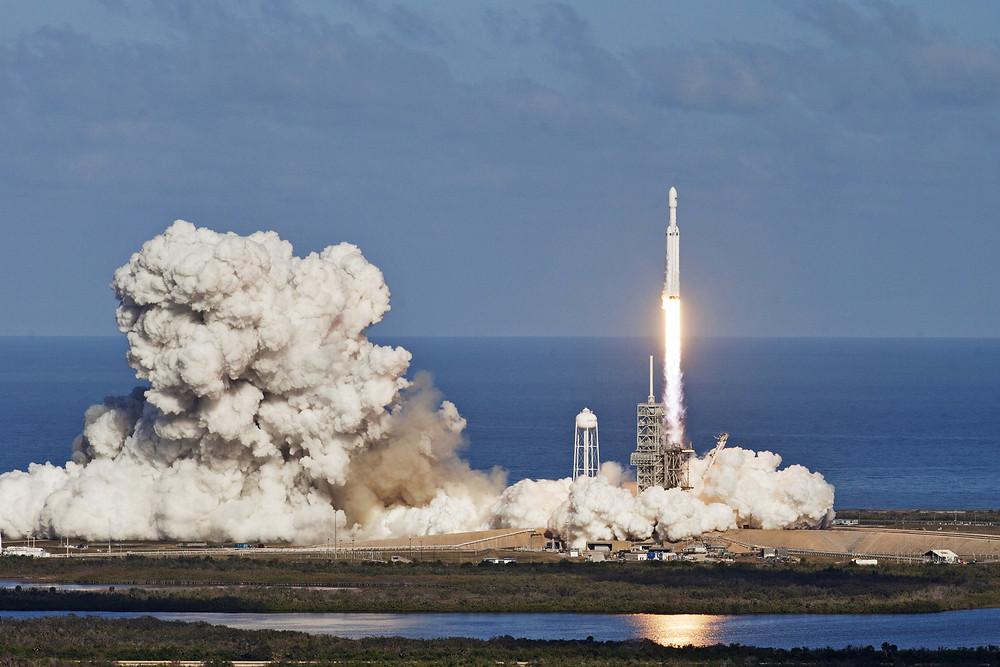 Ariane 5 , fusée , lancement ,