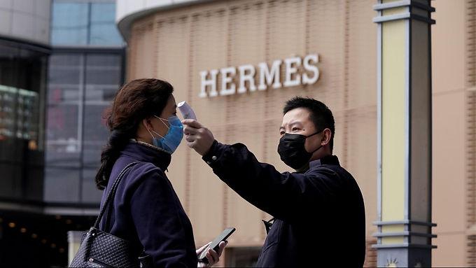 นักท่องเที่ยวจีน ช็อปปิ้ง เป็นสถิติในช่วงวันหยุดยาว 1-7 ต.ค.