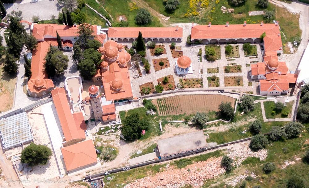 Κάτοψη από το Μοναστήρι Αγίου Εφραίμ στη Νέα Μάκρη | Φωτ. Χρήστος Μαλέτσικας