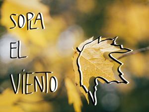 hoja amarilla seca en otoño