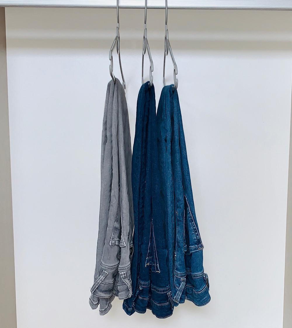ג'ינס כחול, ג'ינס כחול כהה וג'ינס אפור - מיני קפסולה