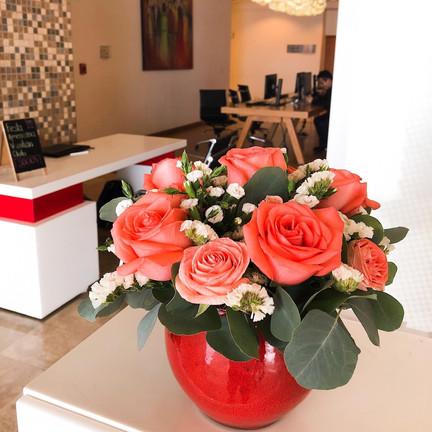 Pastel, sorpresas y  flores