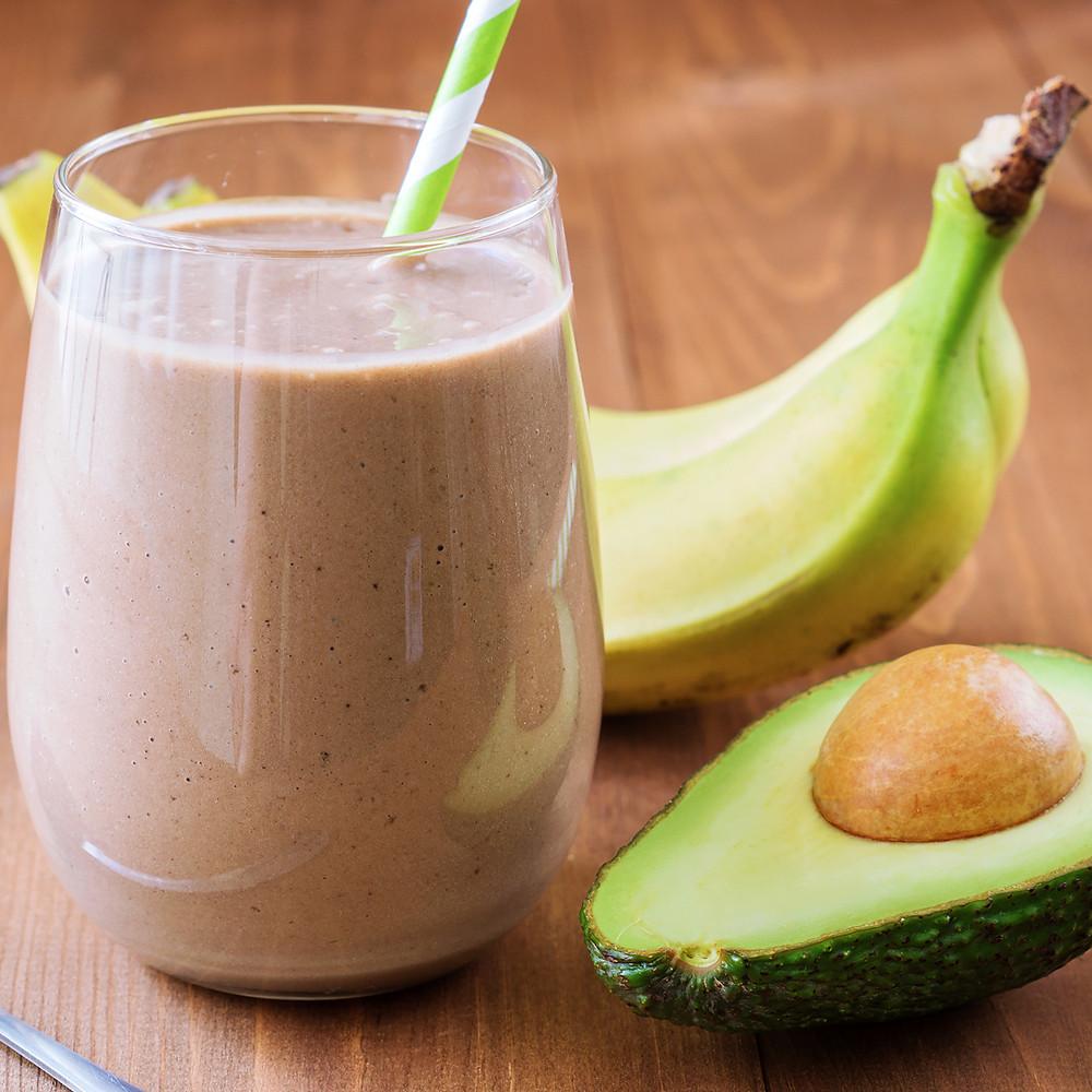 コラーゲンプロテインレシピ・アボカド&バナナ×プロテインスムージー|Rainbow Farms