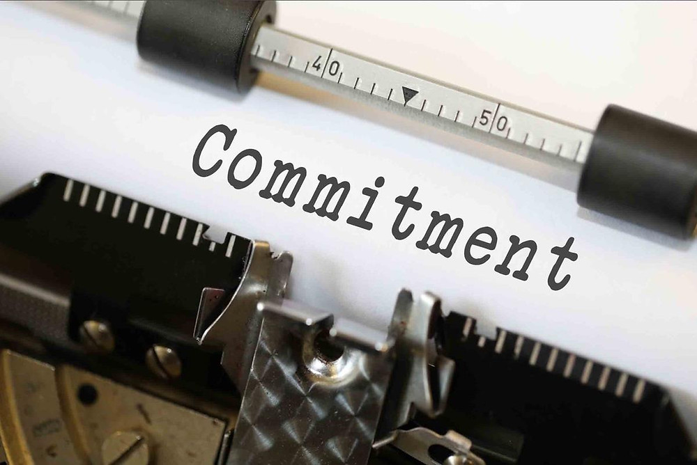 by Nick Youngson CC BY-SA 3.0 ImageCreator: Type writer spelling out the word commitment
