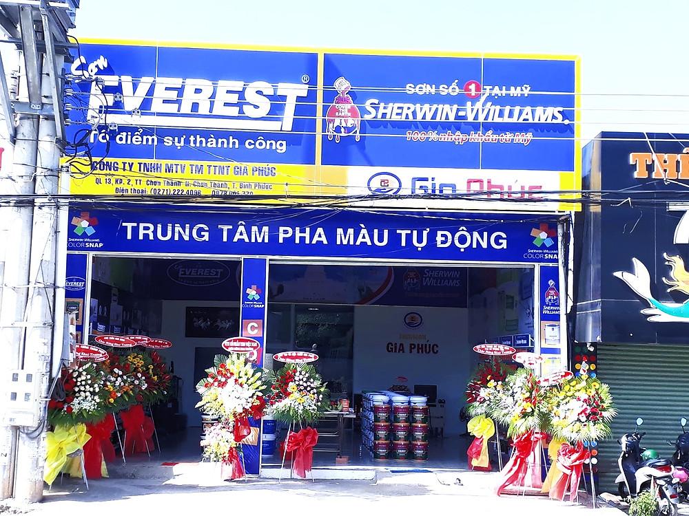 Một trung tâm pha màu của Sơn Everest