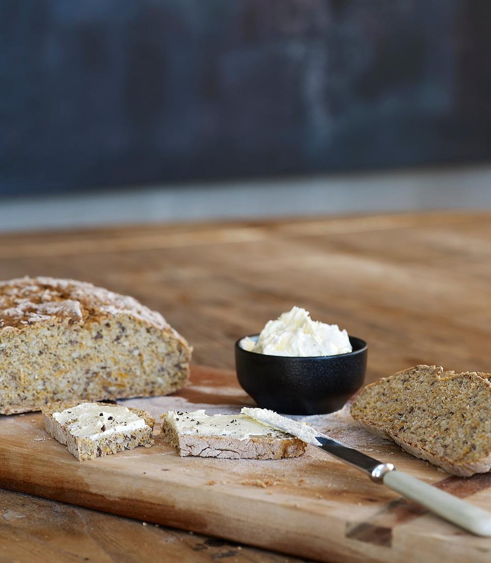 Eltefritt brød med gulrøtter fra Det Glutenfrie Verksted