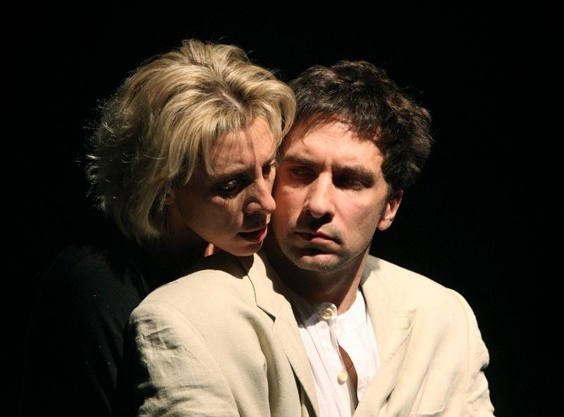 Юлия Рутберг и Григорий Антипенко в спектакле «Медея»