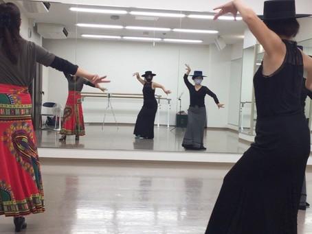 オンラインレッスン(ZOOM)で始めてダンスの挑戦してみよう