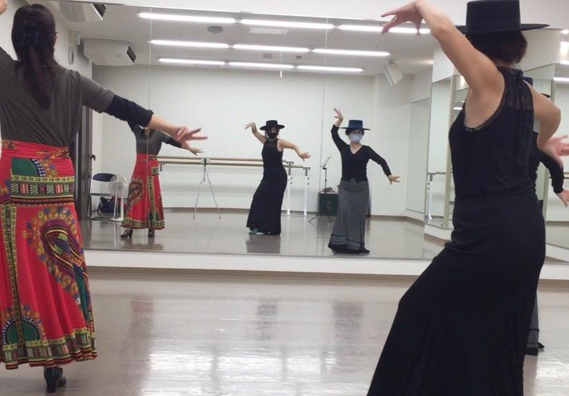 フラメンコはオトナのオンナが楽しめるダンスです。