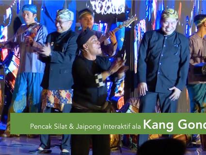 Silat Dan Jaipong Interaktif Ala Kang Gondo