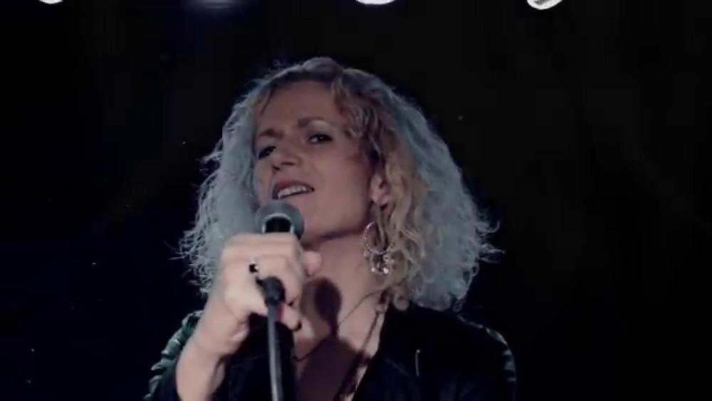 Zoe Schwarz, Crossfire Radio