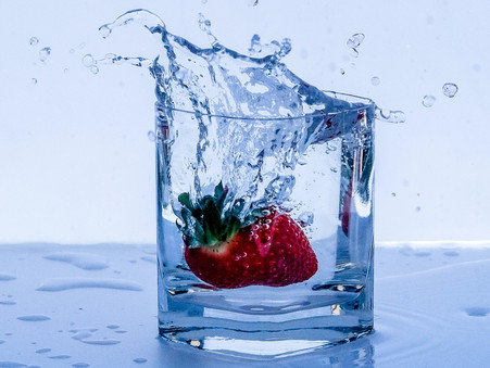 How To Turn Your Drinking Water Into a Delicious Treat