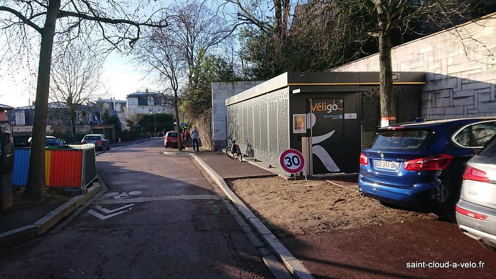 Parking vélo véligo Saint-Cloud
