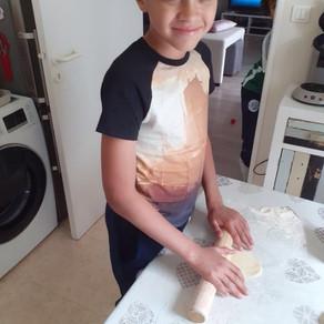 Les petits pains roulés farcis à la viande de Naïl