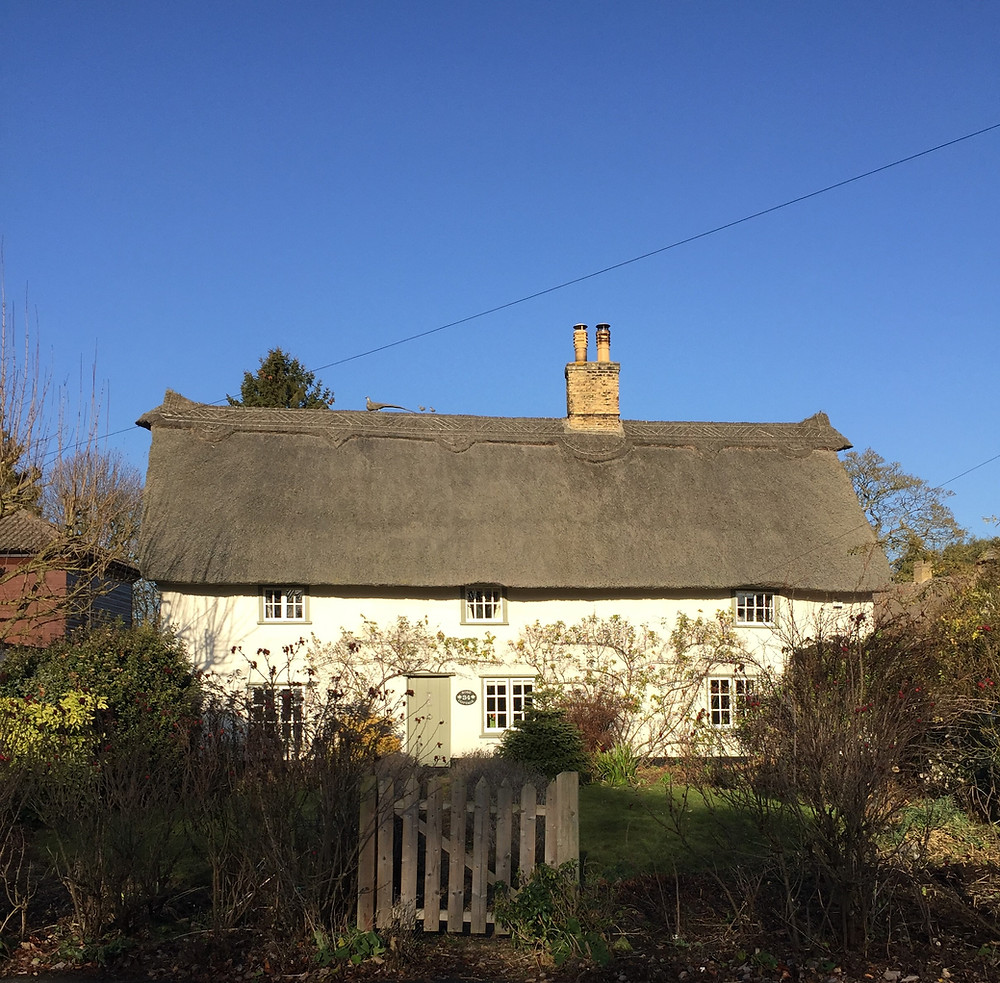 how-to-let-your-old-walls-breathe Grade II listed thatched cottage in Cambridgshire