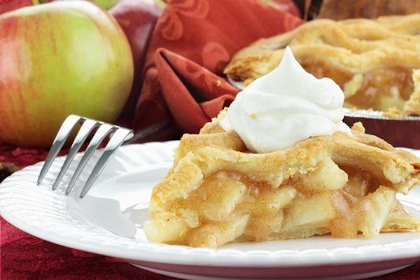 Fitness jablečný koláč bez mouky