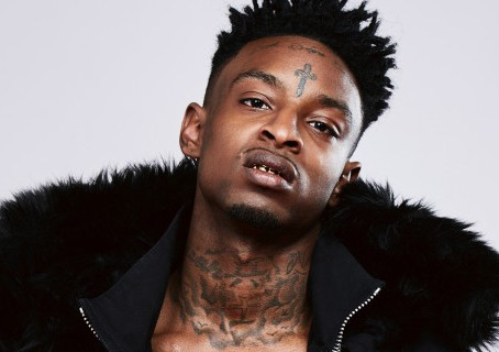 21 Savage Advises Rappers To 'Give it Up' If Held At Gunpoint.