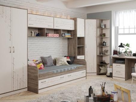Оформление комнаты для школьников и подростков – требует особого внимания.