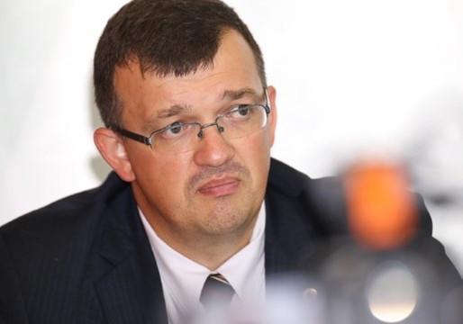 Latvijas futbola izlasei jauns treneris - Dainis Kazakevičs. Kāpēc?