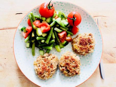Kaspress-Knödel mit Bohnensalat