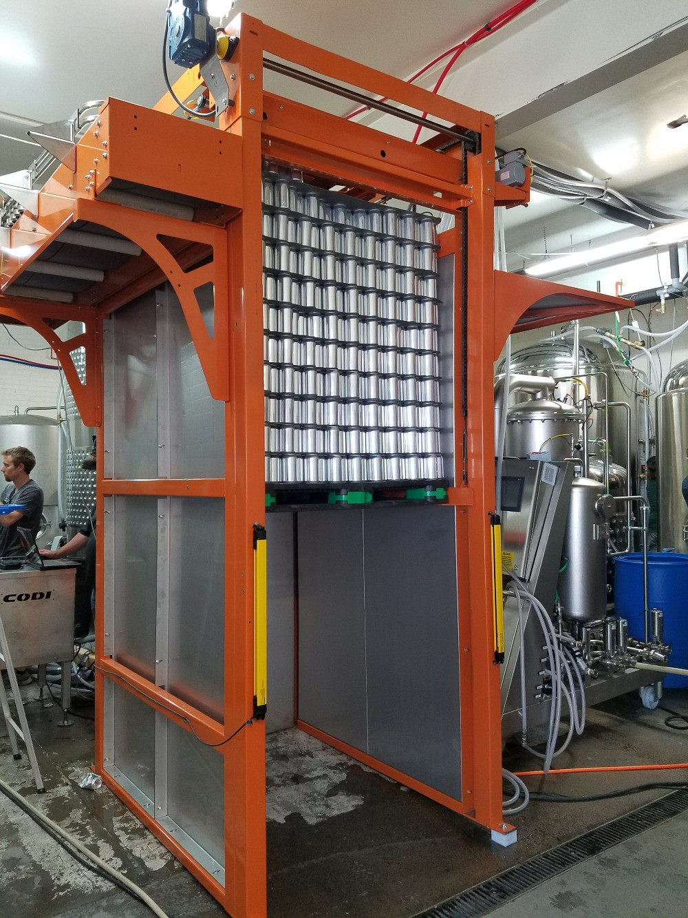 can depalletizer for craft brewery