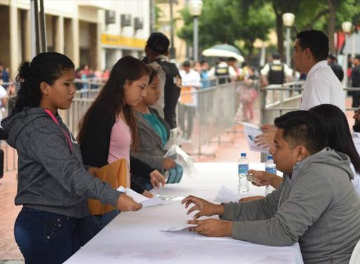 25 mil estudiantes de Guayaquil recibirán  tablets de plan municipal
