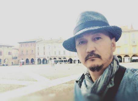 At Piazza Vittoria, Lodi