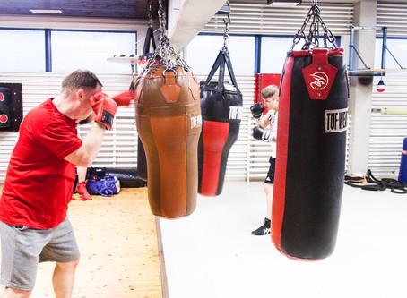 Ilmoittautuminen nyrkkeily ryhmiin