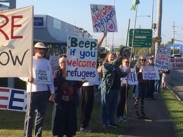 Peak Hour Solidarity Protest at Kangaroo Point Hotel