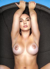 Nude Celebrities 2