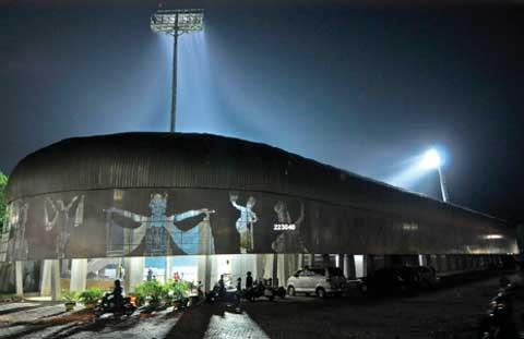 Stadion Diponegoro Banyuwangi Karya Arsitek Budi Pradono