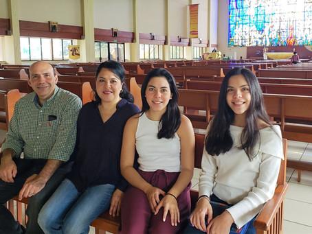 Misionando en Familia - Familia Morales