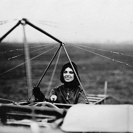 Harriet Quimby: First Female Pilot to Fly Across English Channel