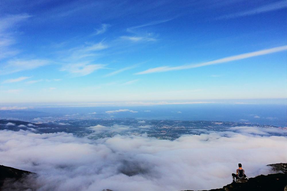 Vue de la Côte Basque depuis le sommet de la Rhune.
