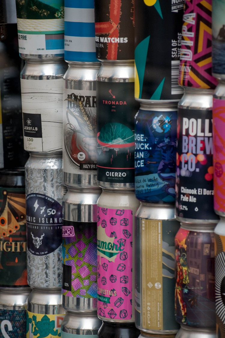 canned beer, canned wine, canned coffee, canned soda, canned drink, canned cider