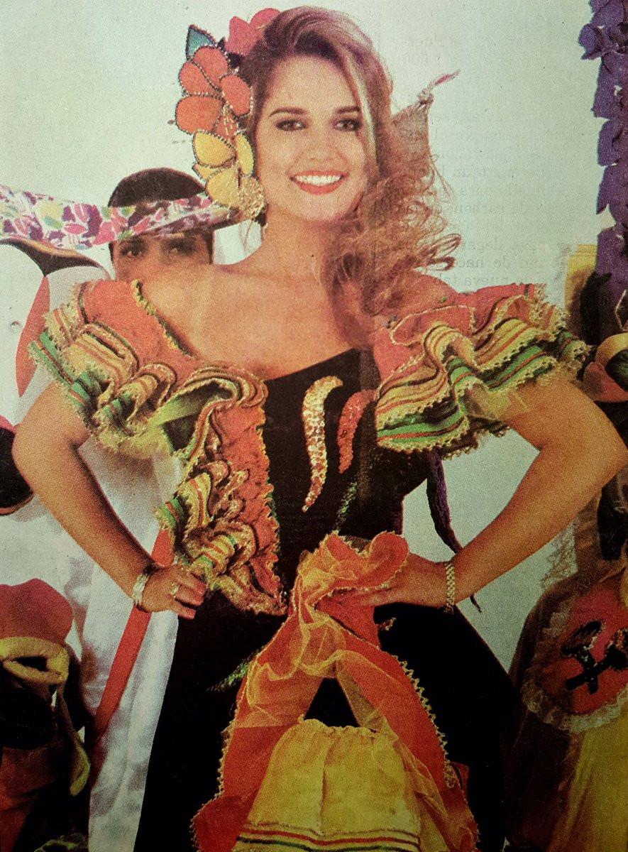 Fantasía de Garabato, la reina del Carnaval de 1996