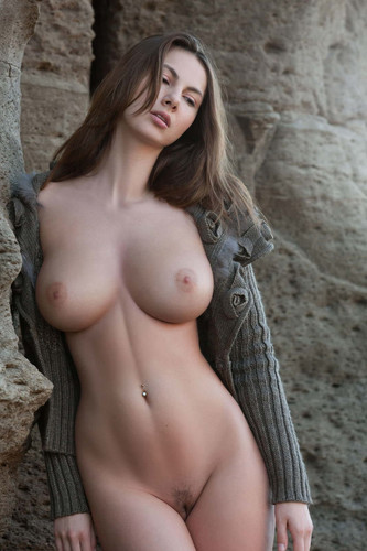connie carter naked.jpg