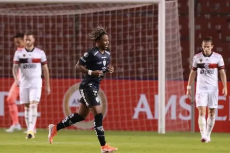 Vexame! Flamengo leva sua pior goleada na Libertadores